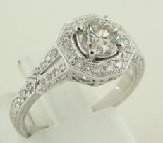 14k white gold ring set with 43 brilliant cut diamonds, approx. 1.50 carat in total, ring size 17.25