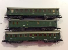 Märklin Z - 3 Passenger carriages of the DRG:  2 x 3rd class and 1 x baggage car (1422)