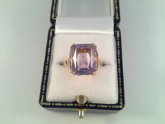 Yellow gold ring with natural amethyst – Ring size: