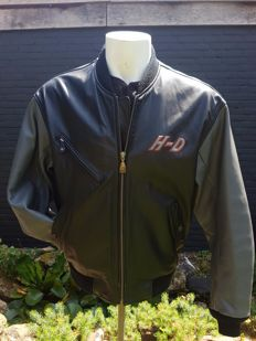 Harley Davidson – Leather Jacket