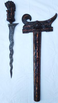 A special old, (LUK 11), unique Indonesian Balinese Kris/Keris,