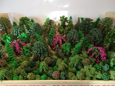 Scenery H0 - Package of 150 trees and Iceland moss 50 grams