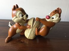Disney, Walt - Figure - Chip and Dale with peanut (1990s)