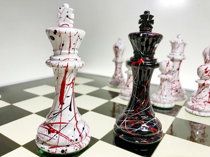 Night table with graffiti art chess catawiki for Nfpa 72 99 table 7 3 2