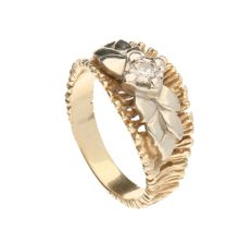 14 kt Yellow gold ring with a Bolshevik cut diamond of approx. 0.20 ct, in a white gold setting – Ring size 18.75 mm