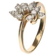 14 kt Yellow gold ring set with 13 brilliant cut diamonds of approx. 0.39 ct in total – Inner size: