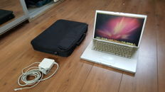 Apple Macbook PRO (A1150) - 15''inch with brandnew Battery! 2.16Ghz INTEL Dual Core, 2GB Ram, 160 GB HD incl. Charger and Bag
