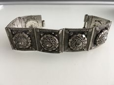 Vintage solid silver seven panels embossed decorated ladies bracelet