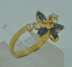 Yellow Gold 18K Ladies Ring with Sapphires and diamonds - size 53
