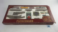 Fleischmann H0 - 6395 - Starter set with profirails A + B, with steam locomotive BR53 and 3 freight wagons and close couplings.