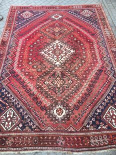 Large and beautiful antique Persian Shiraz handmade rug 210 x 302 cm