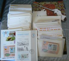 Spain 1963/2003 – Lot with over 250 first day covers , postcards, postal History and Wholes.