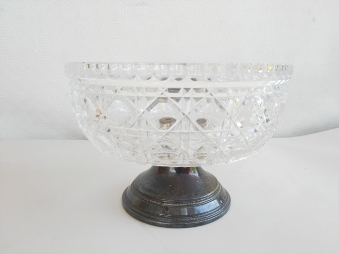 Beautiful centrepiece with base in 800 silver and chiselled crystal - Italy - 20th/21st century