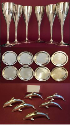Six flutes Cesa 1882 with eight saucers and six placeholders in super silver plate, perfect for sorbet and desserts. Italy 1960