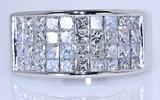3.72 ct Princess Diamond ring - No reserve price!
