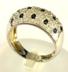 Gold ring with sapphires totalling 0.35 ct and diamonds totalling 1 ct - Size: 17.5 mm / O (UK) / 7 (USA)