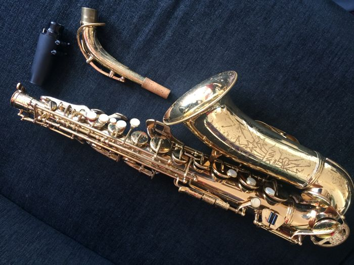 Alto saxophone Conn Shooting Star - Catawiki