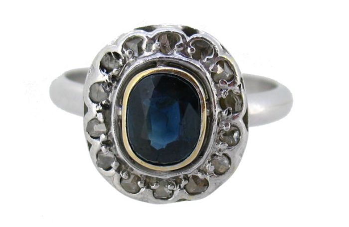 Cocktail ring - Sapphire - Diamonds - 18 kt white gold - Gemmological Certificate - Size: 22 (19.9 mm)