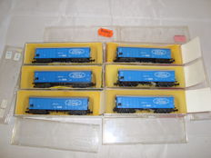 Minitrix N - 509 - 6x bogie sliding wall wagons in DB / Ford livery