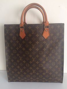 Louis Vuitton – Sac Plat  – Handbag / Shopper