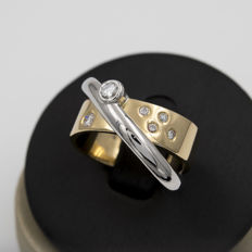 Two-tone cocktail ring - Brilliant cut diamonds of 0.50 ct in total - Cocktail ring size: 18 (SP)