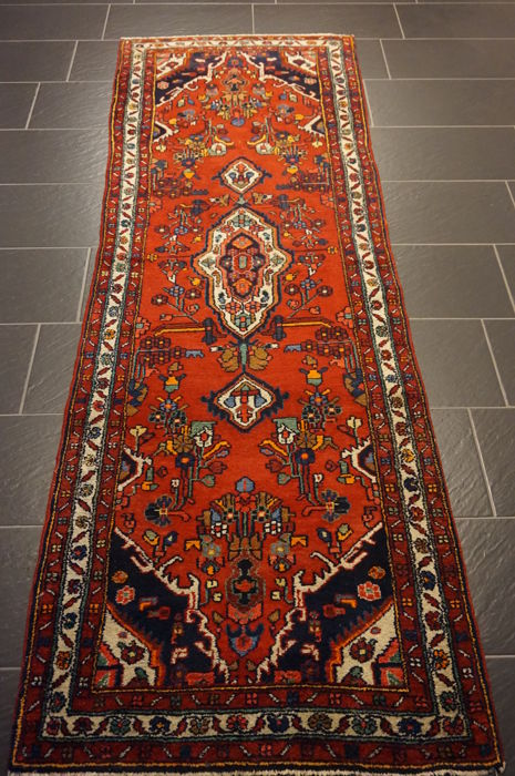 Rare, beautiful, semi-antique, hand-knotted Persian carpet, Hamadan Malayer, natural dyes, 90 x 265 cm