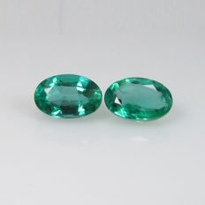 Emerald Pair - 0.99 Ct - No Reserve Price