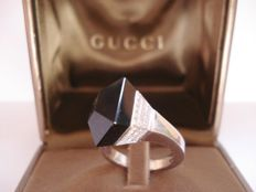 Gucci – Chiodo women's white gold ring with diamonds and onyx – inner diameter 16.5 mm