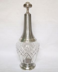 Baccarat wine decanter in cut crystal and mount in solid silver, Minerva hallmark and signature by Paul Canaux 1892/1911