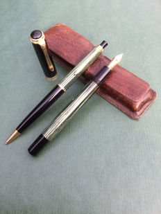 Pelikan 400, 14K/585 gold fountain pen and Pelikan 450 propelling pencil in brown leather case