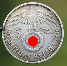 Set with special large size pure Silver original 5 Reichsmark Deutsches Reich 1936 with Eagle & Swastika & WH goggles. WWII