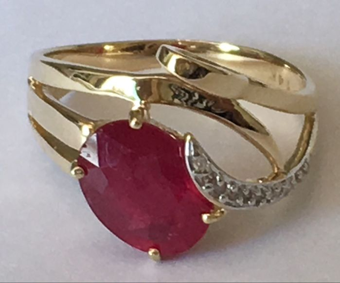 14K Gold Ring with Ruby - size 7,5