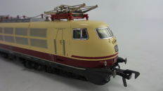 "Fleischmann H0 - 4375 -Multifunctional Electric Express Train Locomotive BR 103 ""TEE"" of the DB"