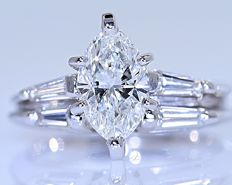 1.31 ct Marquise Diamond ring - No reserve price!
