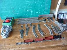 Fleischmann N - Complete train set: 1 x Locomotive 7 + 3 wagons + rails, points and a transformer