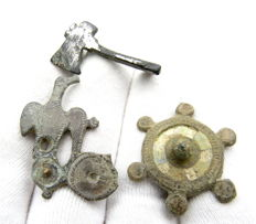 Lot of 3 Ancient Roman Plate Brooches - 30-35 mm (3)
