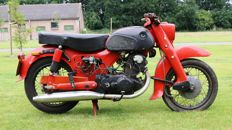 Honda - C72 Dream 250cc - 1961