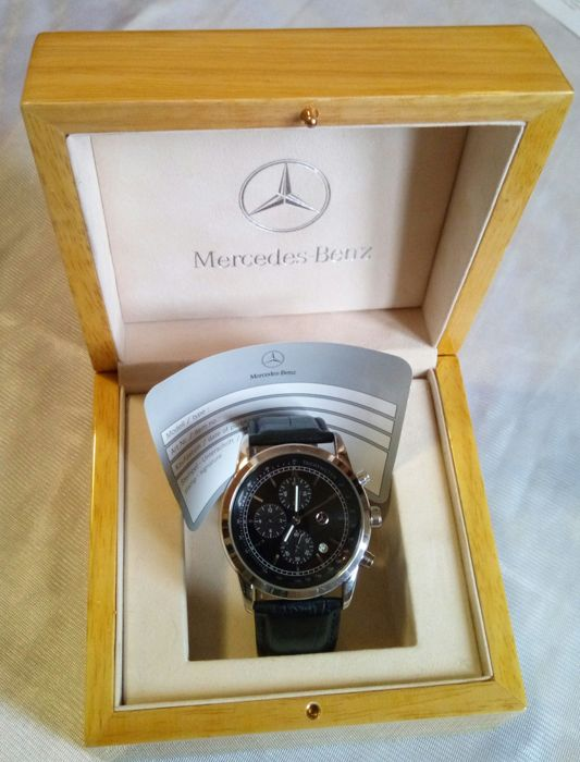 Mercedes benz collection men 39 s watch 2015 catawiki for Mercedes benz watch collection