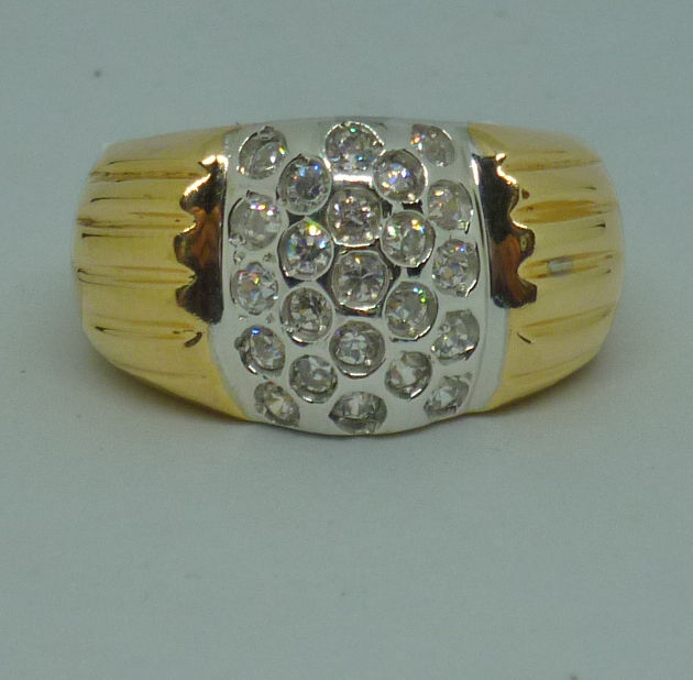 14K. yellow gold ring with cubic zirconia - ringsize: 51 (11)