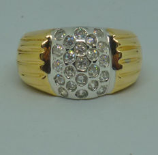 14K. Ladies Ring with cubic zirconia