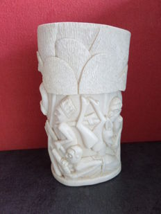 Ivory tooth, vase with hunting scene and village scene - D.R. Congo