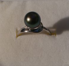 925 silver ring with Tahitian pearl and perfectly round (9.2 mm) ***No Reserve***