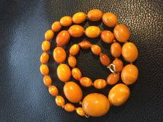 Antique Amber necklace of 100% natural orange/ egg yolk Amber, 36 grams