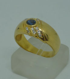 18K yellow gold ring with sapphire and diamonds - size 55,5