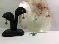 Exclusive jewellery set, 18 kt white gold, emerald with diamonds