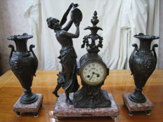 French pendule – dancer with tambourine and 2 vase side pieces - circa 1900