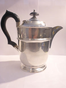 Silver teapot with wooden handle - Viner's Ltd (Emile Viner) - Sheffield - 1931