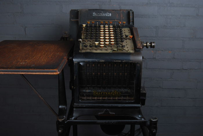 Burroughs adding machine – Antieke boekhoudmachine -  circa 1910