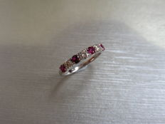 Platinum  Ruby and Diamond Ring 18kt Gold - size 52