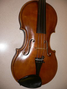 Beautiful German violin. Stainer model, beautifully finished, 70 years old